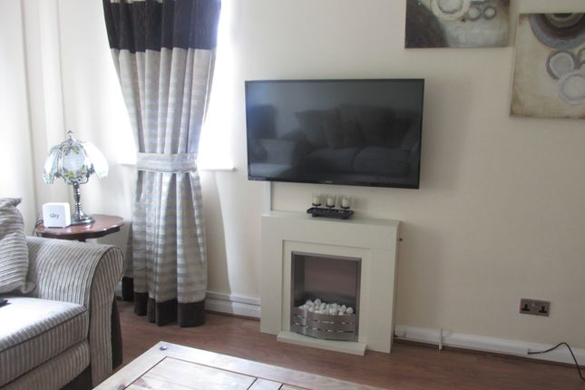 Lounge Area of Hutchinson Close, Moorgate Rotherham S60