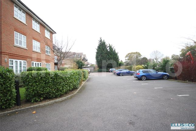 Picture No. 17 of Regal Court, 195 Holders Hill Road, Mill Hill, London NW7
