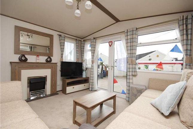 2 bed mobile/park home for sale in Preston Road, Preston Weymouth
