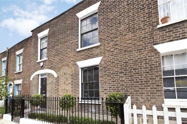 3 bed terraced house for sale in Lillieshall Road, London
