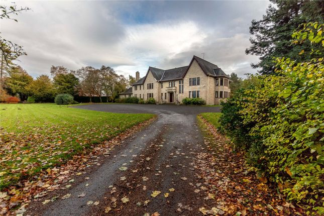 Driveway of Boquhan House, Boquhan, Stirling FK8
