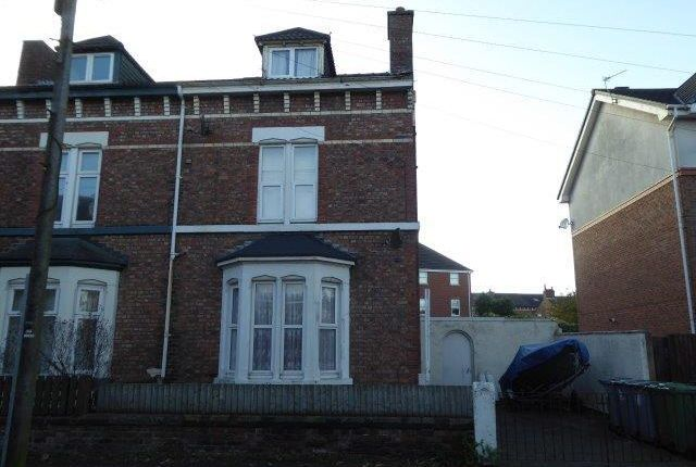 Thumbnail Flat to rent in Sandrock Road, Wallasey