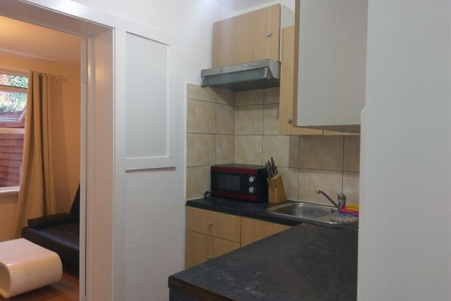 Thumbnail Flat to rent in Priory Park Road, Maida Vale, London