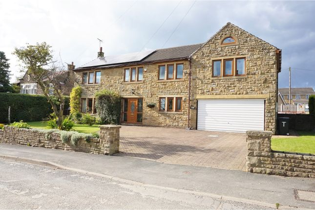 4 bed detached house for sale in Green Lane, Shelf, Halifax