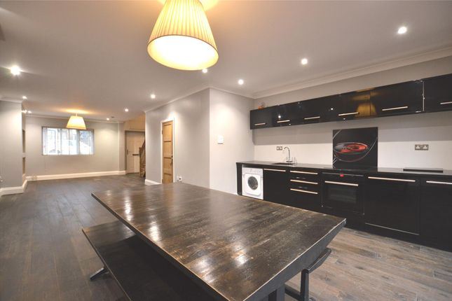 Thumbnail Semi-detached house to rent in Gibbs Square, London
