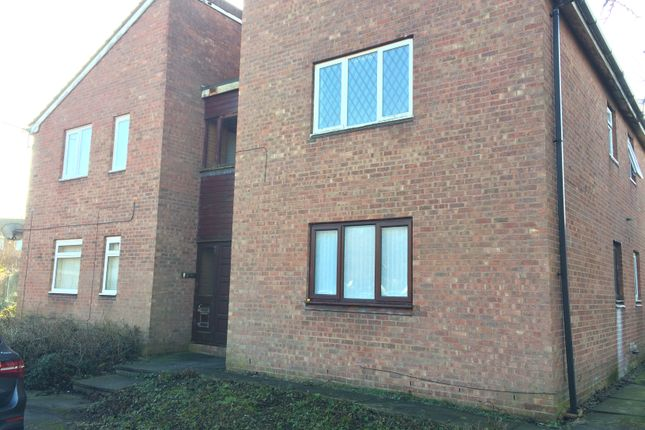 Thumbnail Studio to rent in Mansfield Close, Birchwood, Warrington