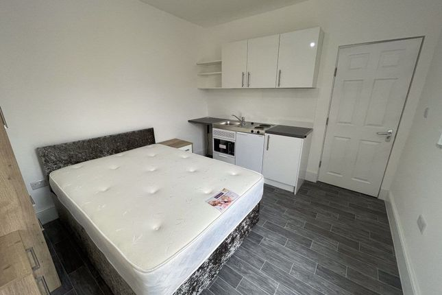 Studio to rent in Taverners Road, Peterborough PE1