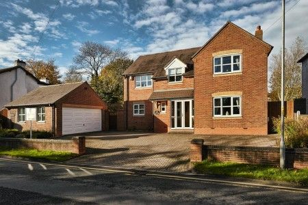 Thumbnail Detached house for sale in Haslucks Green Road, Shirley, Solihull, West Midlands