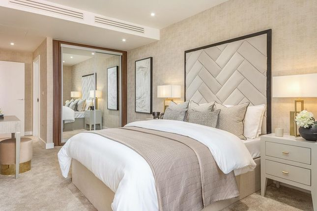 """Bedroom of """"Waterford Point"""" at Wandsworth Road, London SW8"""