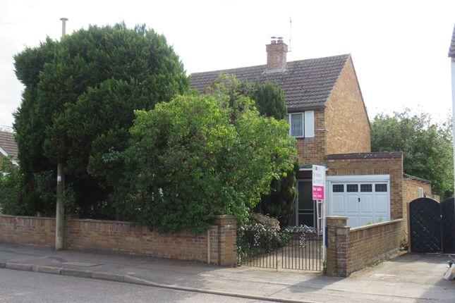 Thumbnail Detached house for sale in Billington Road, Leighton Buzzard