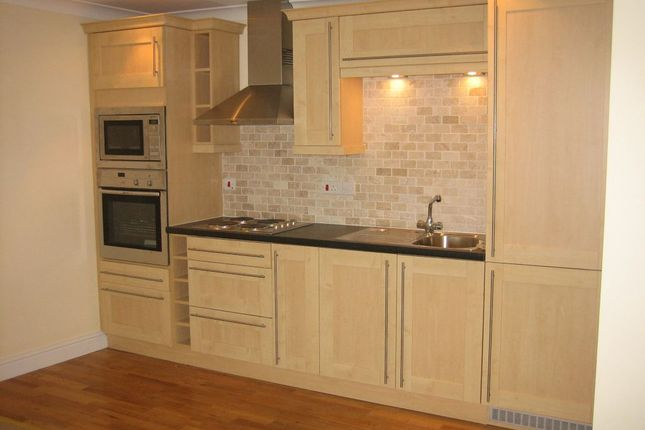 Thumbnail Flat to rent in 15A High Street, Flat 1, Haverfordwest.
