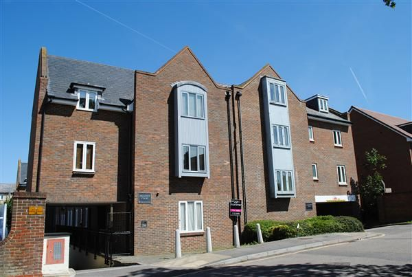 Thumbnail Flat to rent in Upper King Street, Royston