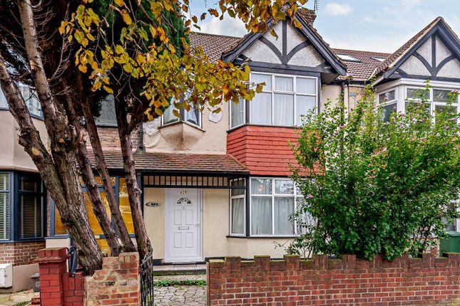 Thumbnail Terraced house for sale in Lea Bridge Road, London