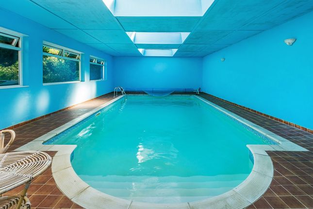 Swimming Pool of Cornwall Road, Cheam, Sutton, Surrey SM2