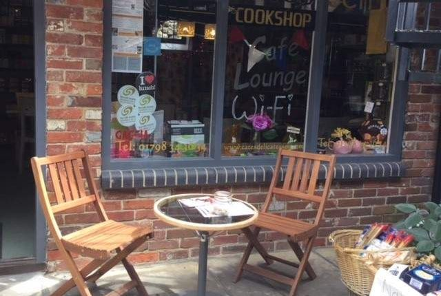 Thumbnail Restaurant/cafe for sale in Golden Square, Petworth