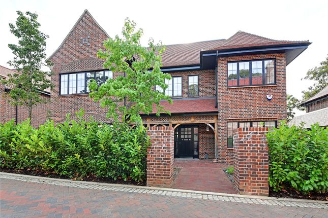 Thumbnail Detached house to rent in Chandos Way, Goldrs Green, London