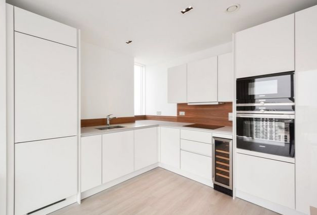 Thumbnail Flat for sale in Woodberry Down, Woodberry Grove, Finsbury Park, London