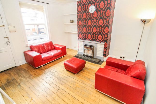 Thumbnail Terraced house to rent in Edinburgh Place, Armley, Leeds