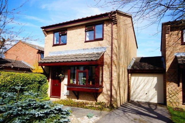 Thumbnail Link-detached house for sale in Derwent Close, Bordon