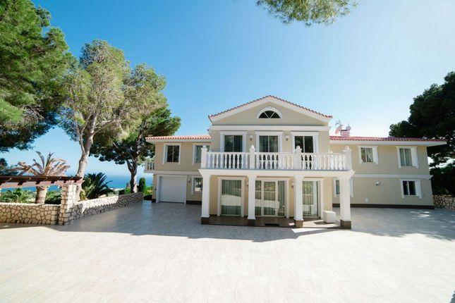 Thumbnail Villa for sale in Altea, Spain