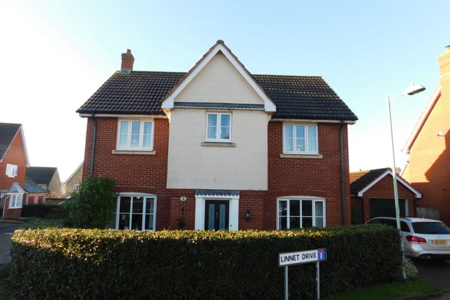 Thumbnail Detached house for sale in Linnet Drive, Stowmarket