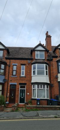 Thumbnail Flat to rent in Ashbourne Road, Leek