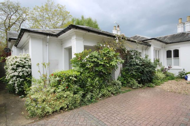 Thumbnail Semi-detached house to rent in Queen Victoria Court, Farnborough