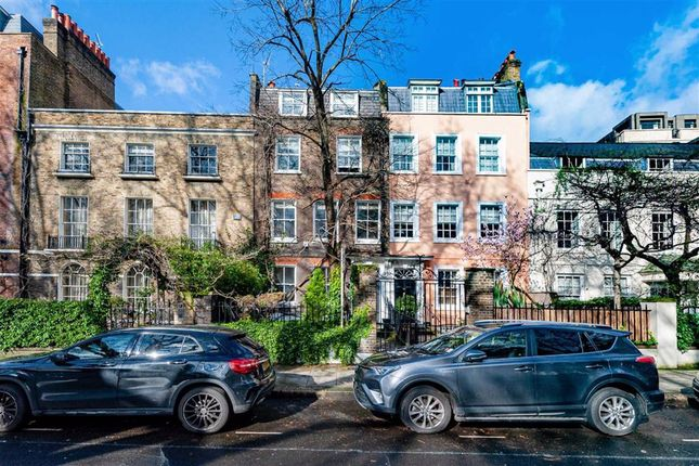 Thumbnail Property for sale in Kensington Square, London
