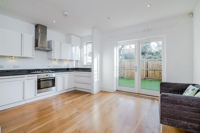 3 bed terraced house to rent in Treen Avenue, London