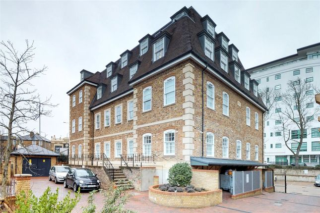Thumbnail Flat to rent in 2 Kew Bridge Road, Brentford
