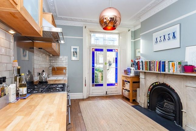 5 bedroom property for sale in Tabley Road, London