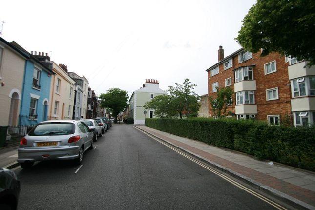 Thumbnail Maisonette to rent in King Street, Southsea