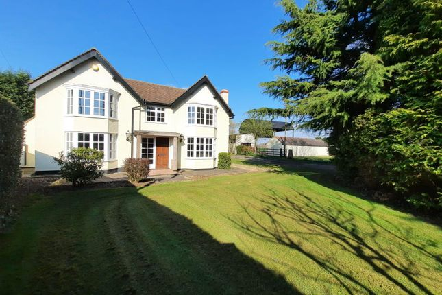 4 bed farmhouse to rent in Riley Hill, Lichfield WS13