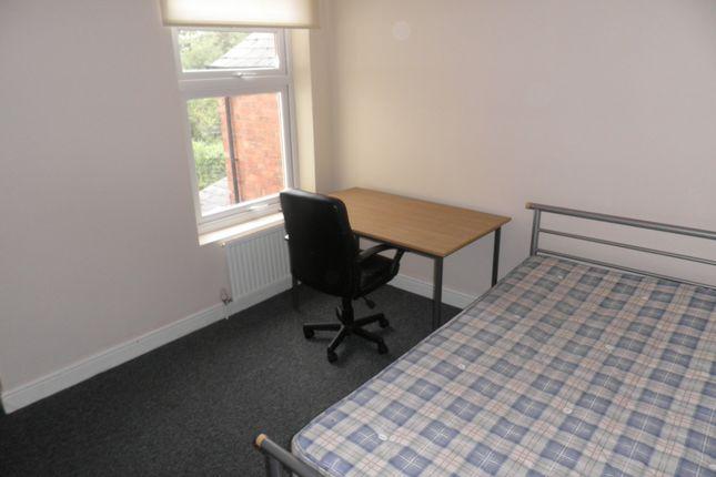 Thumbnail Shared accommodation to rent in Raddlebarn Road, Selly Oak, Birmingham