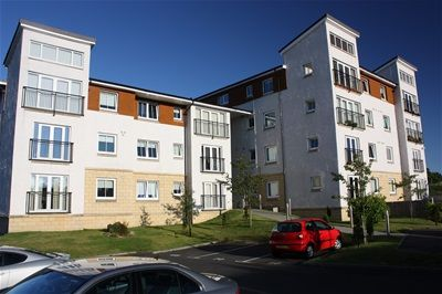 Thumbnail Flat to rent in Jardine Place, Bathgate, Bathgate