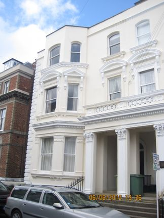 Thumbnail Flat to rent in York Road, Tunbridge Wells