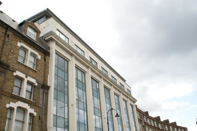 Thumbnail Office to let in Kentish Town Road, London