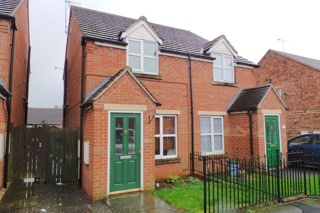 Thumbnail Semi-detached house to rent in Dean Road, Scunthorpe, North Lincs
