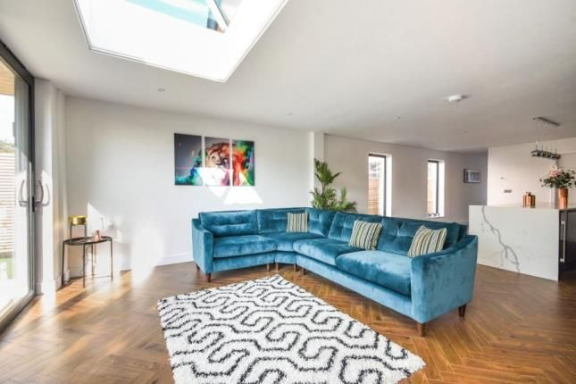 Family Room of High Street, Great Wakering, Southend-On-Sea SS3