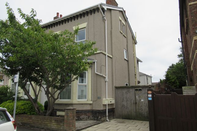 Thumbnail Flat to rent in Westminster Road, Wallasey
