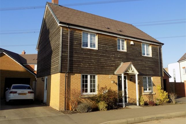 Thumbnail Detached house for sale in Theedway, Leighton Buzzard, Bedfordshire