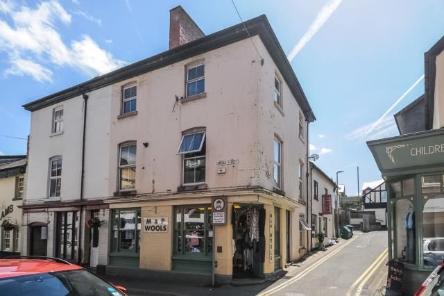 Thumbnail Maisonette for sale in Broad Street, Builth Wells, Powys