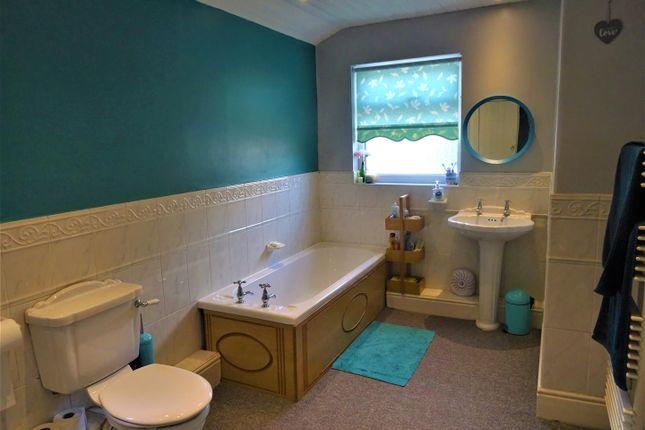 Bathroom of Harris Street, Dentons Green, St. Helens WA10
