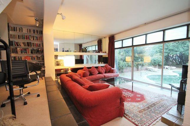 Thumbnail Detached house for sale in Egypt Hill, Cowes