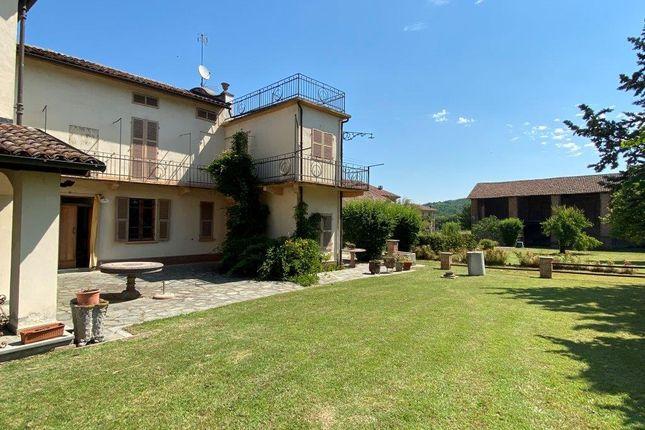 Farm for sale in Vi Giuseppe Garibaldi 10, Bruno, Asti, Piedmont, Italy