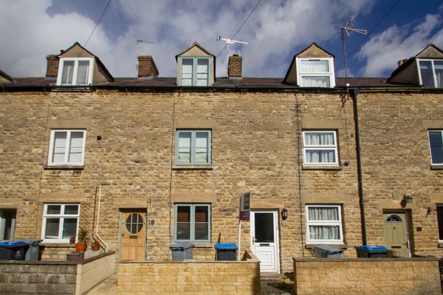 Thumbnail Terraced house to rent in Gloucester Place, Witney