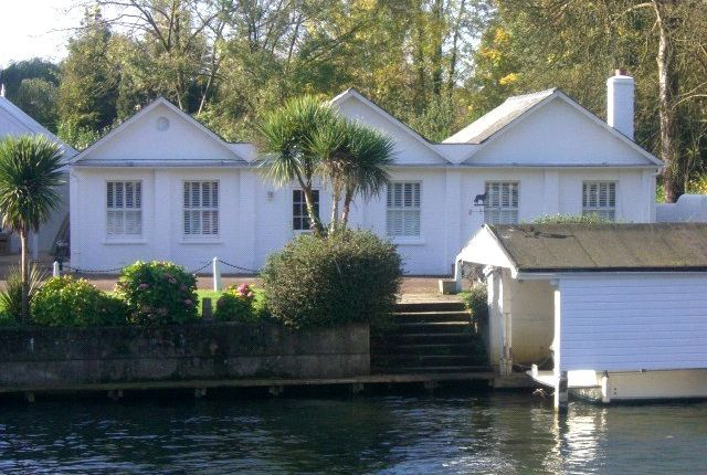 Thumbnail Link-detached house to rent in Mill Lane, Henley-On-Thames, Oxfordshire