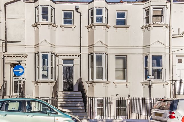 Thumbnail Property for sale in Clarence Square, Brighton