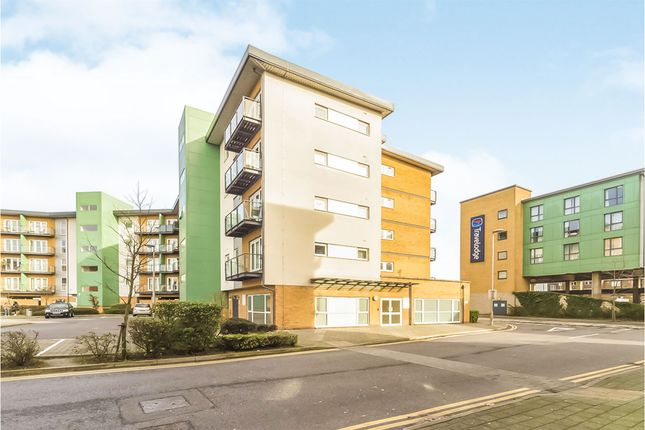 Thumbnail Flat for sale in Parkhouse Court, Hatfield