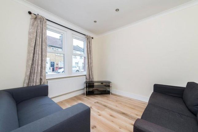 Thumbnail Property to rent in Leverson Street, London